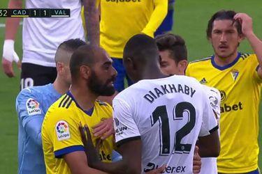 """""""Juan Cala, no te creemos"""": la rotunda respuesta del Valencia al ataque racista sufrido por Diakhaby"""