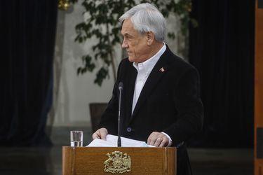 El presidente Sebastián Piñera durante su discurso esta mañana en La Moneda.