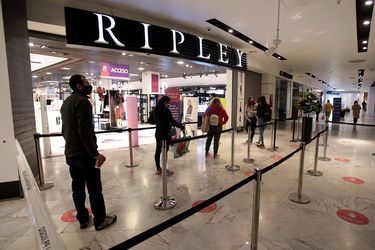 Ripley revierte pérdidas tras fuerte alza de operaciones online: las ventas digitales se duplicaron