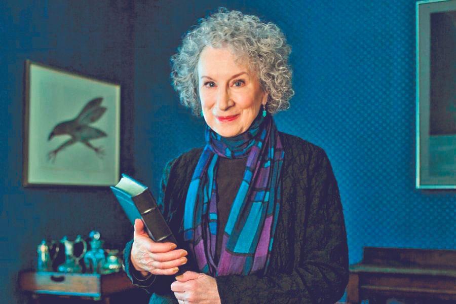Margaret Atwood WEB