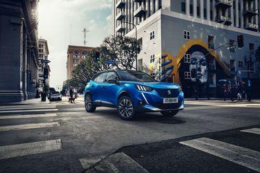 Peugeot 2008: Más versatilidad para el más pequeño de la manada