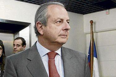 Urrejola viaja a Chile para actividad con Piñera tras presentar su renuncia