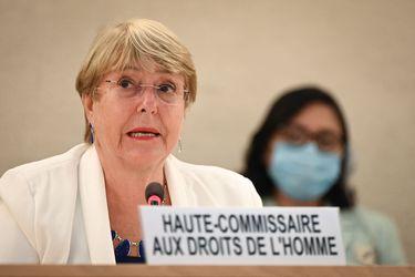 """Bachelet afirma que trato de los talibanes hacia mujeres y niñas en Afganistán será una """"línea roja"""""""
