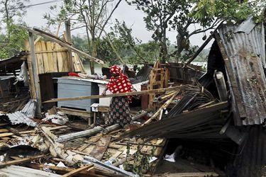 Ciclón Amphan deja 84 fallecidos tras su paso por India y Bangladesh