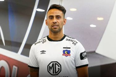 """Valdivia firma una paz a medias con Colo Colo: """"La demanda seguirá estando ahí, hasta nuevo aviso"""""""