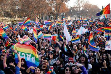 Gobierno anuncia que hoy ingresará proyecto de matrimonio igualitario con suma urgencia