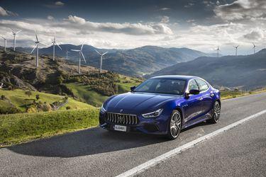 Maserati entra a la electrificación en Chile con el Ghibli Hybrid