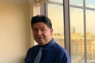 La pugna por el ascenso: Luis Solís, el abogado en situación de discapacidad de origen visual que tiene a Fernández Vial a un paso de volver a la Primera B