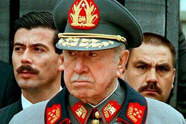 """Pinochet y su reacción ante el Informe Rettig: """"El Ejército no ve razón alguna para pedir perdón"""""""