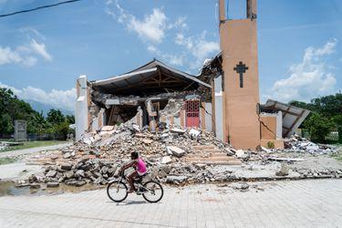 Ascienden a 2.189 los muertos y a más de 12.000 los heridos por el terremoto de Haití