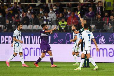 Paso de bicampeón: Inter remonta para vencer en Florencia con Sánchez en los minutos finales