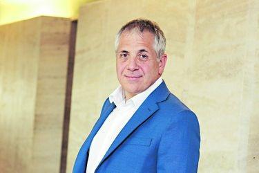 Roberto Alvo: El nuevo CEO de Latam Airlines cumple un año de turbulencias