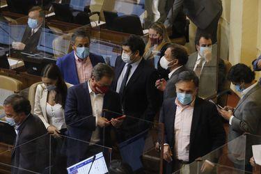 Comisión política de RN insta a parlamentarios del partido a rechazar cuarto retiro