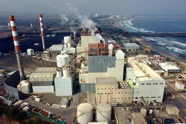 """Presidente del sindicato N°1 de AES Gener en Puchuncaví: """"El cierre de la termoeléctrica es parte del desarrollo y evolución de la matriz energética"""""""