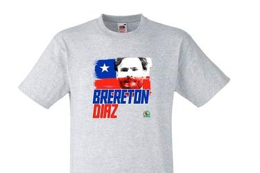 Locura por Brereton: El Blackburn Rovers vende polera con su cara mezclada con la bandera chilena