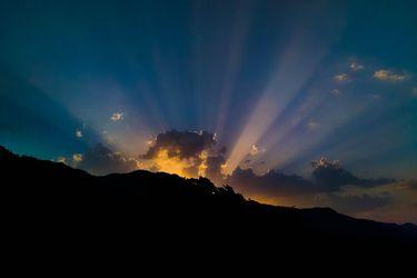sunlight-2323003_1280