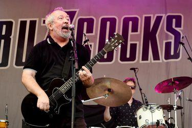 """Pete Shelley, líder de Buzzcocks: """"Es un error pensar que el punk solo lo hacen los jóvenes"""""""