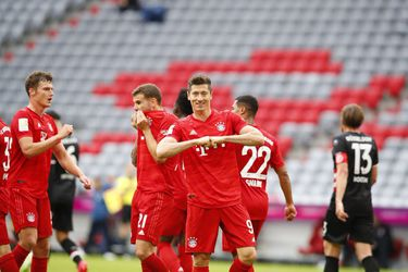 El Bayern aplasta al Dusseldorf y da otro paso hacia su octava Bundesliga consecutiva