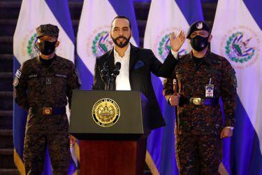 Reformas, bitcoin y popularidad: las razones por las que Nayib Bukele buscaría la reelección inmediata en El Salvador