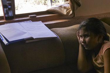 """""""No se concentra""""; """"no hace las tareas""""; """"no quiere conectarse"""": Dos de cada tres padres dicen que sus hijos aprendieron menos o mucho menos con las clases online"""