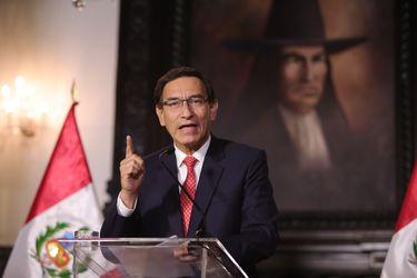 Economía peruana cae más del doble que la de Chile en 2020