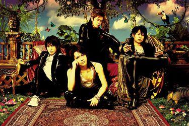 """""""Niji"""", la canción que marca un antes y un después en L'Arc~en~Ciel"""