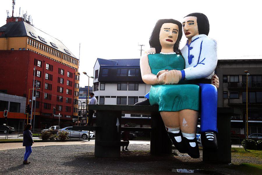 PUERTO MONTT: Monumento a los enamorados