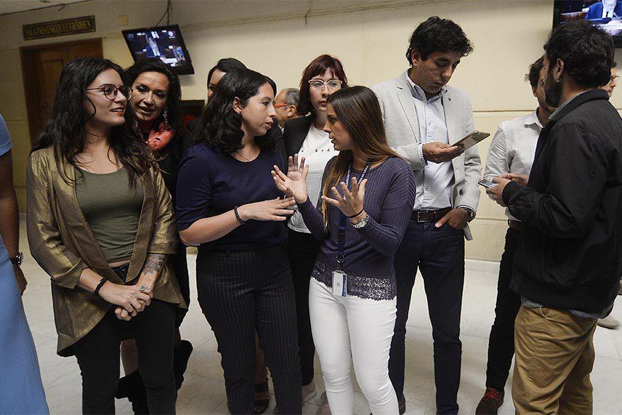 Parlamentarios Frente Amplio Por Operacion Huracan