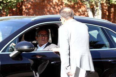 Remate de acciones de Colo Colo de Larraín Vial se declara desierto por ausencia de interesados