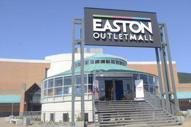 El quiebre de la familia Easton, otro lío en el retail