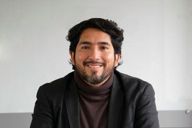 """Carlos Meléndez, politólogo peruano: """"En Chile se está instalando la lógica del mal menor, como en Perú"""""""