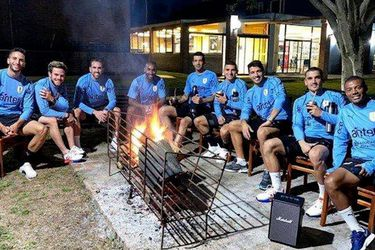 El mate venenoso: la reunión que dejó a media selección de Uruguay con Covid