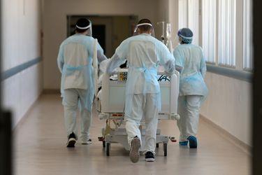 Minsal reporta 5.718 nuevos casos de Covid y positividad llega al 11% con una ocupación de camas del 96,41%