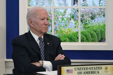 Estímulo en EE.UU. se reduciría de US$ 3,5 billones hasta menos de la mitad por senador demócrata clave del que pende la agenda de Biden