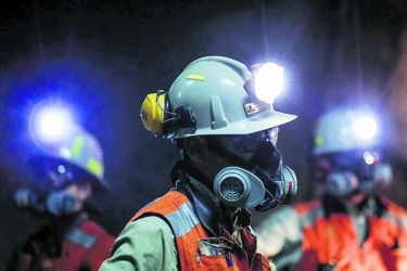 Minería opera con la mitad de la dotación y Región de Antofagasta lidera contagios en el sector