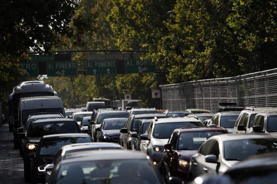 Atochamiento vehicular por cierre de calles por Formula E