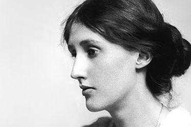 Una puerta de entrada íntima: publican libro con selección de los diarios de Virginia Woolf