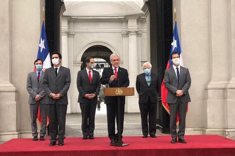 """Piñera promulga y destaca Ley de Portabilidad Financiera: """"La base de la eficiencia de una economía social de mercado está en que haya competencia"""""""