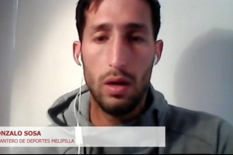 Gonzalo Sosa, goleador de Melipilla y segundo artillero del Campeonato, en su paso por El diván del Kily, de El Deportivo.