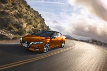 Nuevo Nissan Sentra renueva el segmento de los sedanes en Chile