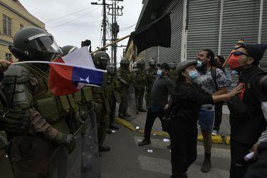 Dos marchas: grupos pro y contra la migración se reunieron en las calles de Iquique