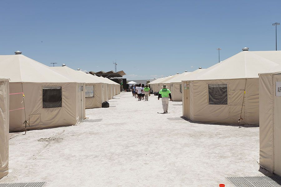 Campamento-de-detención-inmigrantes