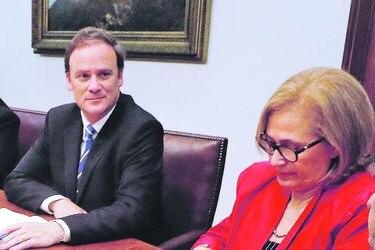 Segpres y Senado acuerdan revisar y coordinar proyectos