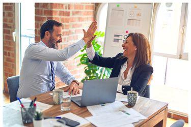 Estudio revela que el 83% de los empleados en todo el mundo está dispuesto a trabajar bajo un modelo híbrido