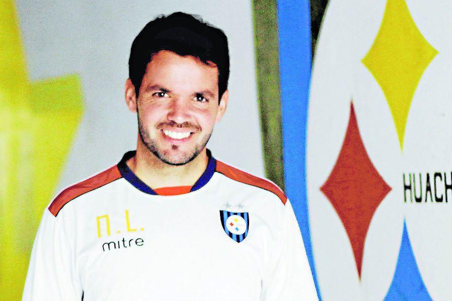 NICOLAS LARCAMON