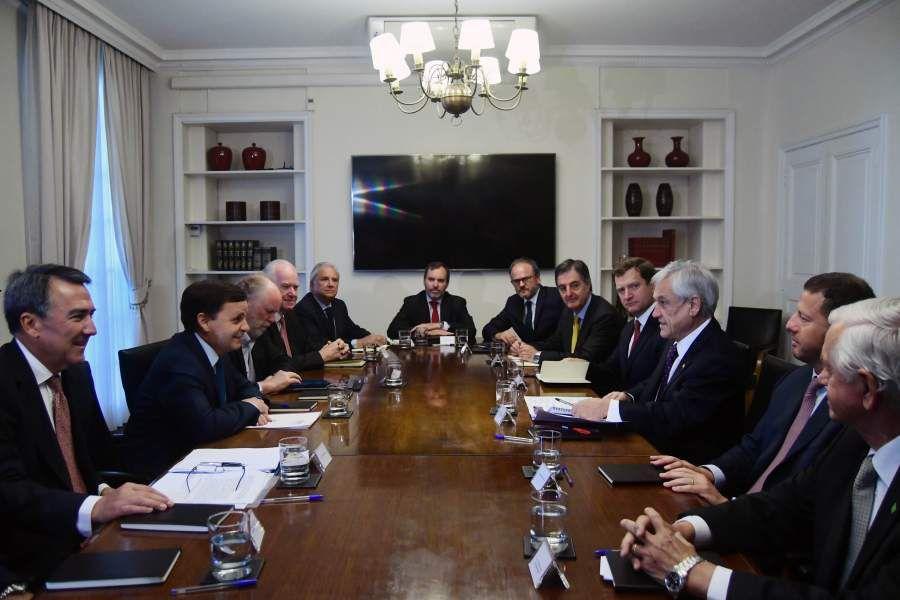 El presidente de la Republica sostiene reunión con la CPC