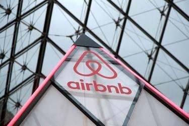 Airbnb apunta a una valoración de US$ 35.000 millones en OPI