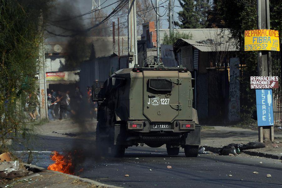 Enfrentamientos en El Bosque entre habitantes y Carabineros de mayo pasado.