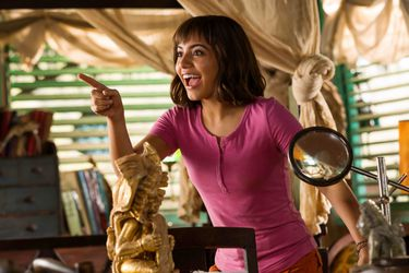 La película de Dora fue mejor valorada que los últimos remakes de Disney