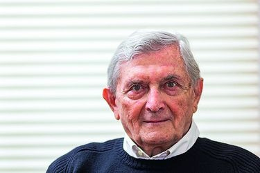 """Ernesto Rodríguez: """"Chile se ha emancipado de la culpa, pero no de la beatería"""""""